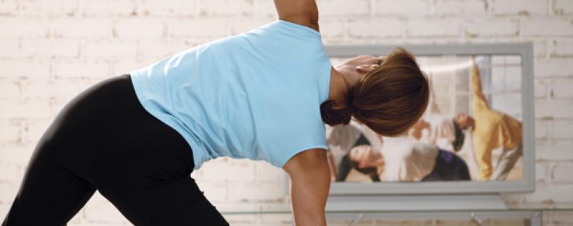 4 exercícios para fazer em frente da TV