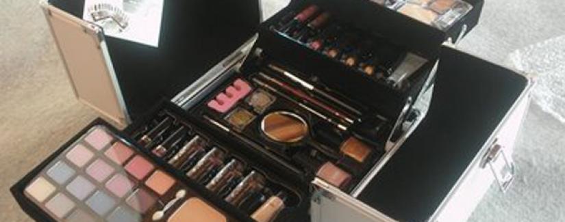 Organize a maquiagem